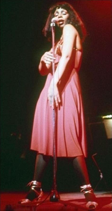 Queen of Disco: 30 Stunning Photographs of Donna Summer on